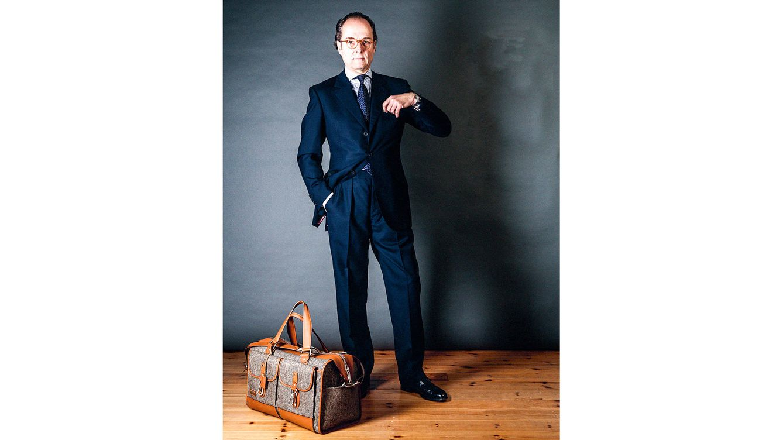 Foto: Bernhard Roetzel viste traje hecho a mano de tobias tailors, en Savile Row. (Erill Fritz)