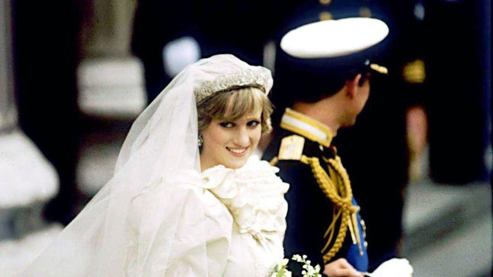 Foto: Carlos y Diana, el día de su boda. (Cordon Press)