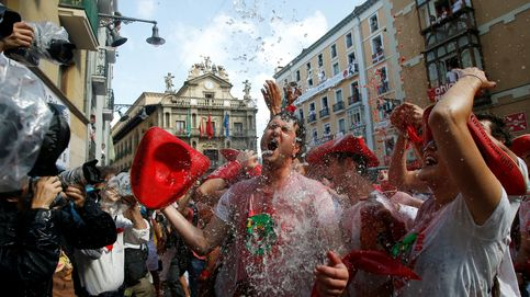 Chupinazo de Sanfermines: sin ikurriña en el balcón y sin camisetas negras en la plaza