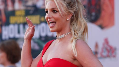 ¿Recuerdas el body de látex rojo de Britney Spears? Esta es la historia que esconde