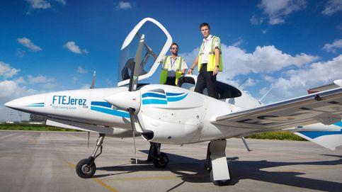 La mayor escuela de pilotos: Las aerolíneas siguen formando cadetes