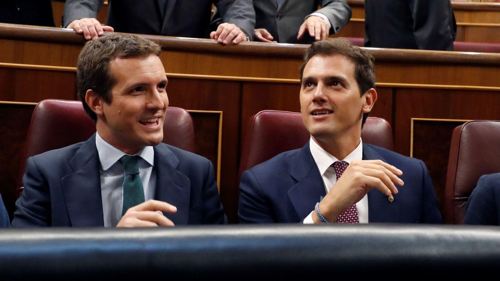 Foto: Rivera y Casado en el Congreso.
