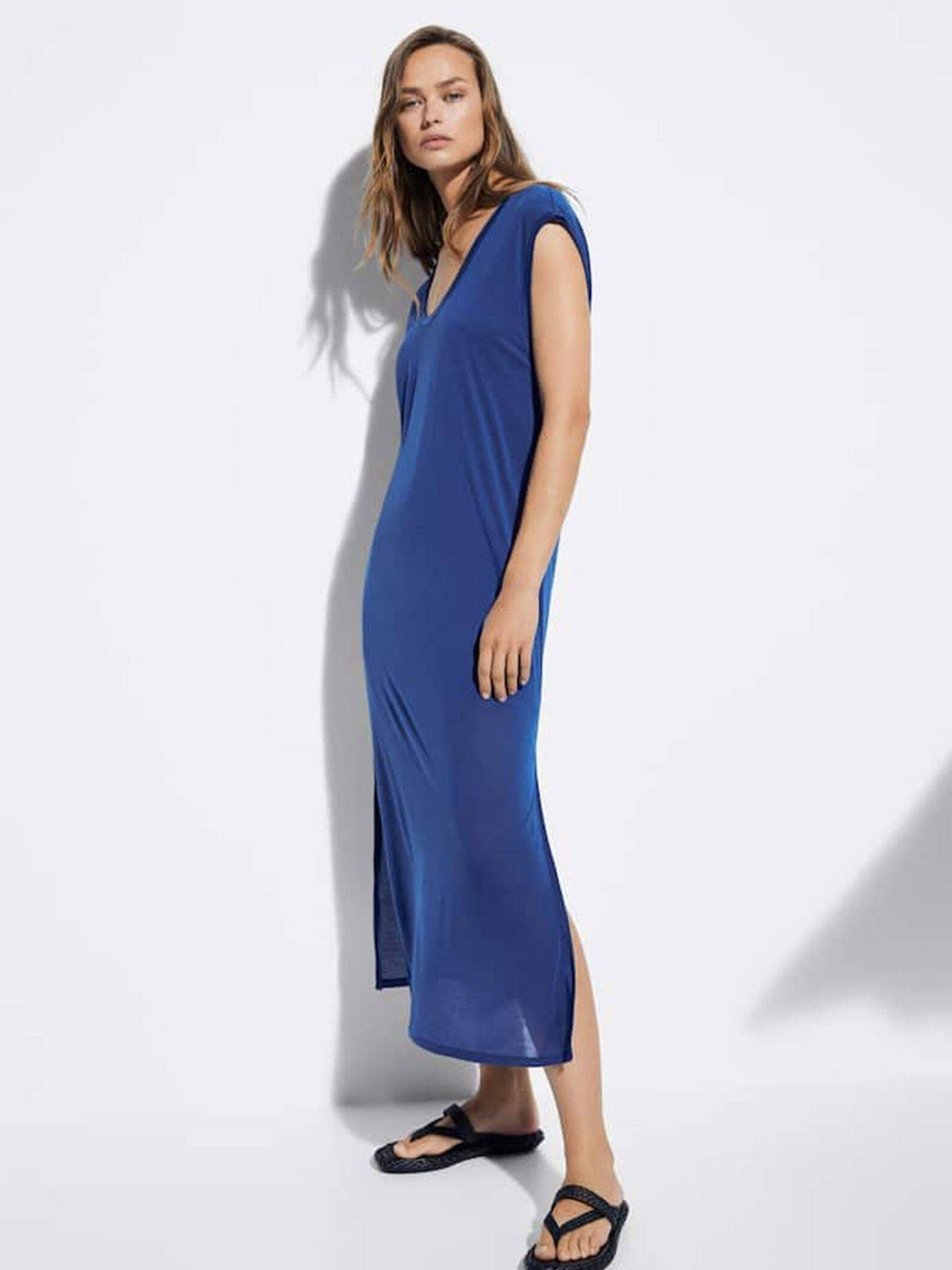 Vestido azul low cost de Massimo Dutti. (Cortesía)