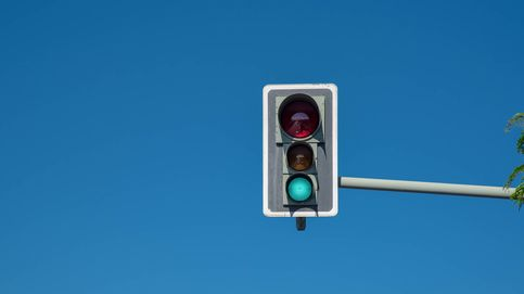 La mejor broma que  puedes hacerle a un conductor cuando está en un semáforo