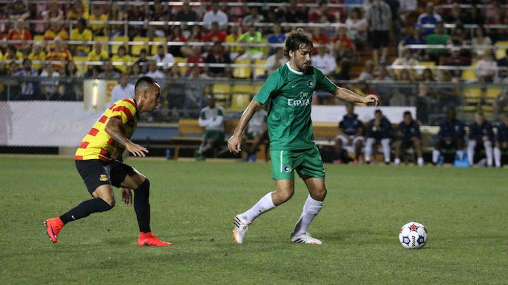 Raúl debuta triunfando con el Cosmos y ganando a Ronaldo