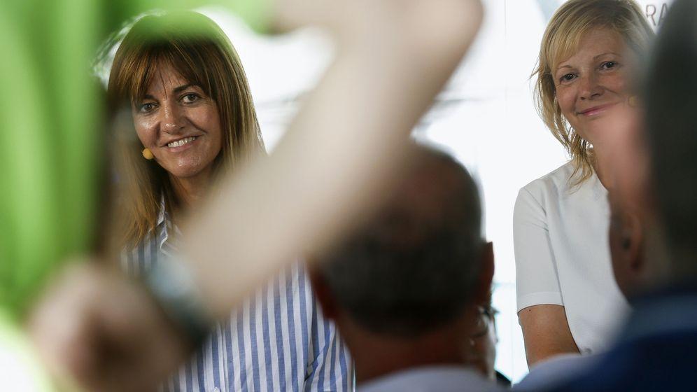 Foto: La líder del PSOE en el País Vasco, Idoia Mendia (izq.) (EFE)