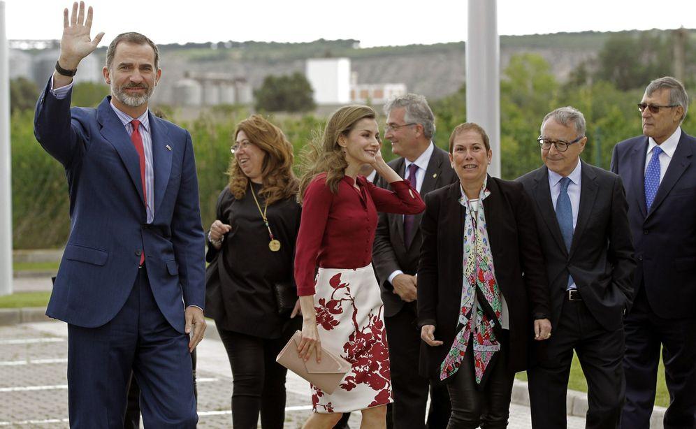 Foto: Los Reyes, el pasado año en su anterior visita a Navarra con motivo del 25º aniversario del CNTA, junto a Uxue Barkos. (EFE)