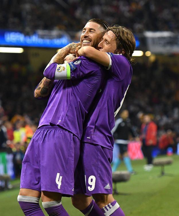 Foto: Ramos y Modric, celebrando un gol. (EFE)