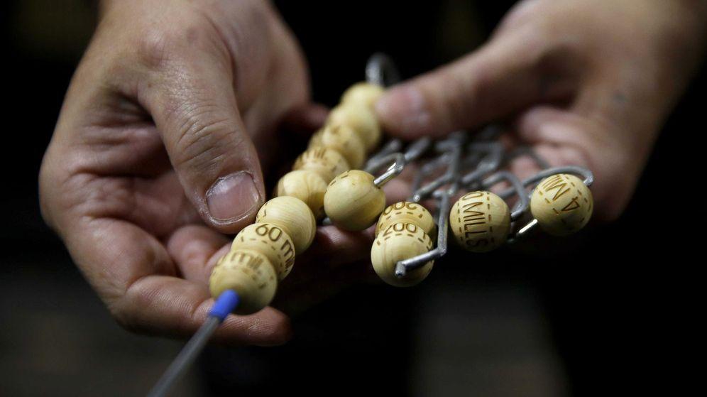 Foto: Las bolas de los bombos. (EFE)