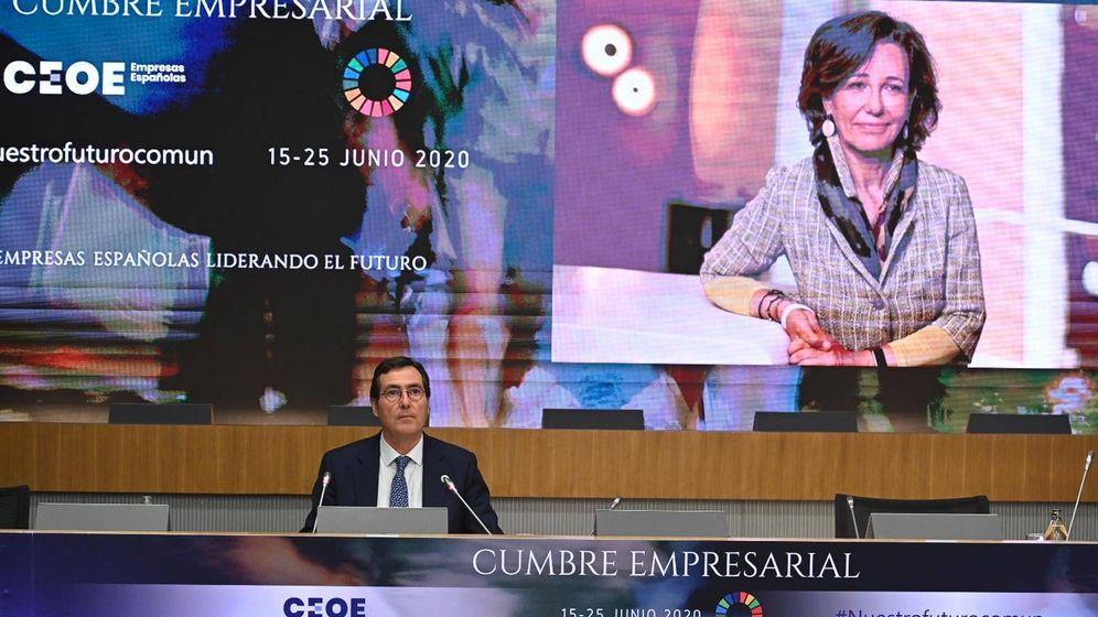 Foto: Ana Botín, presidenta de Banco Santander, interviene por videoconferencia.