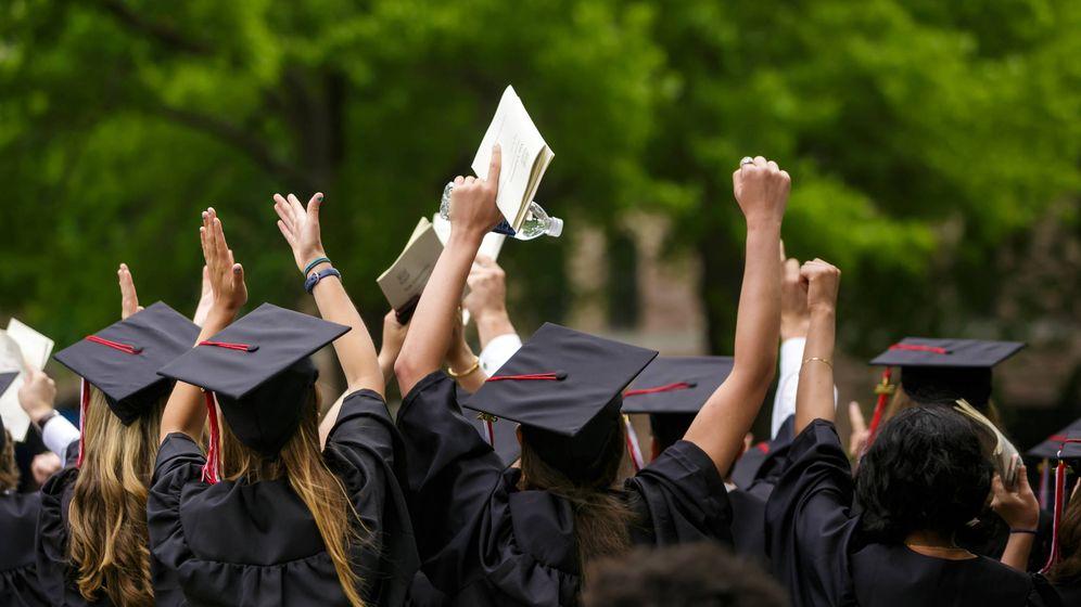 Foto: Graduación en la Universidad de Yale. (iStock)