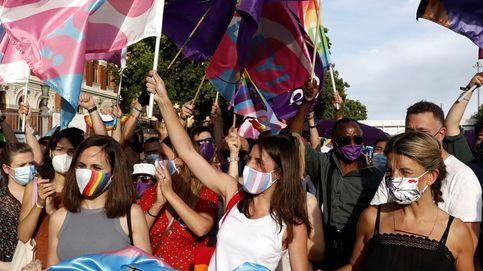 Montero saca pecho sobre la ley trans y las asociaciones exigen que sea más ambiciosa
