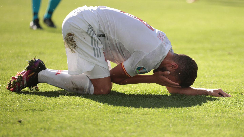 Se lamenta Koke tras recibir un golpe. (Reuters)