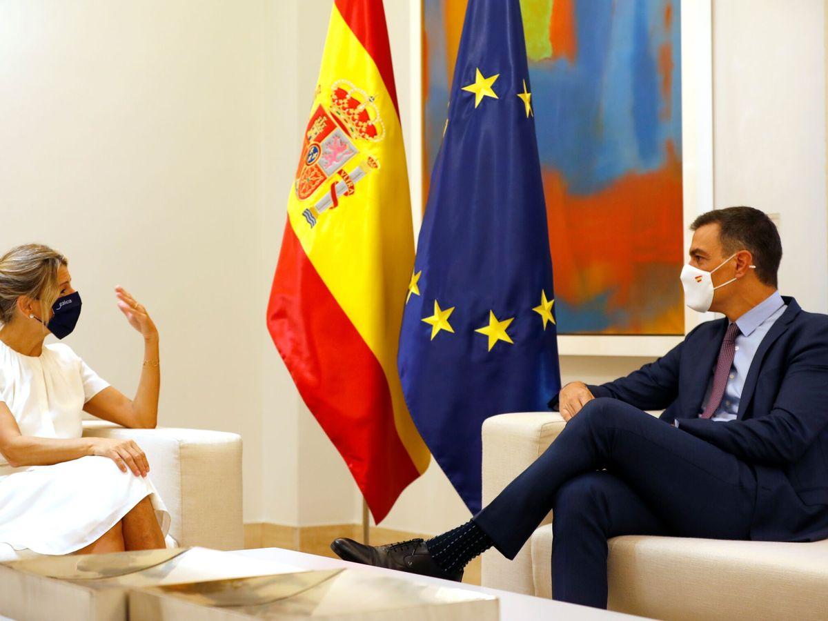 Foto: Yolanda Díaz y Pedro Sánchez, en Moncloa. (EFE)