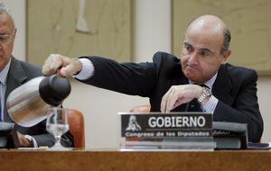 Luis De Guindos desvela 2.600 millones de quebrantos en cajas