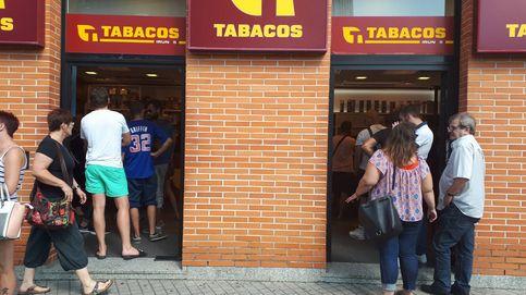 En busca de alcohol, tabaco, gasolina... y chorizo y jamón: los franceses invaden Irún