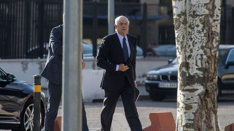 BBVA mantiene a FG sus privilegios pese a su dimisión como presidente de honor