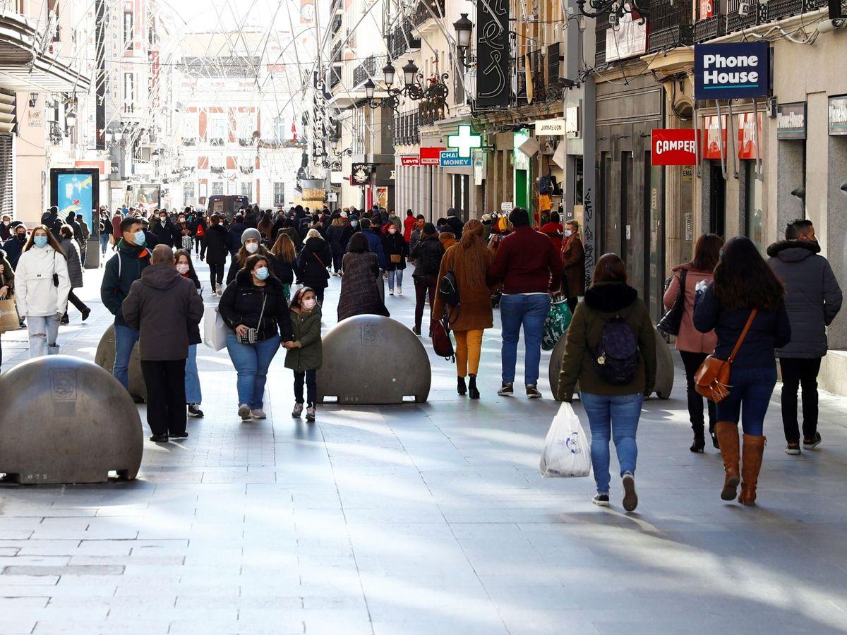 Foto: Una calle comercial de Madrid (EFE)