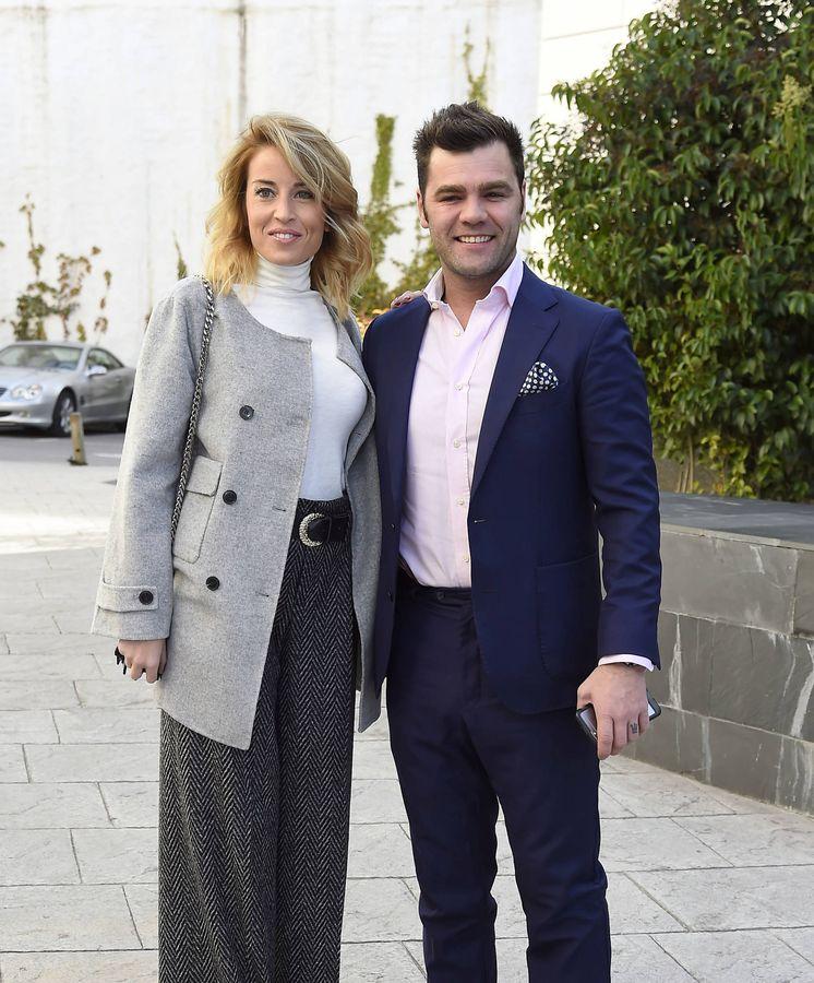Noticias de famosos fonsi nieto anuncia su boda con marta for Ariadne artiles se casa con fonsi nieto
