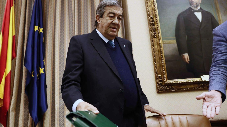 Álvarez-Cascos dimite como vicepresidente de Foro Asturias tras las disputas internas