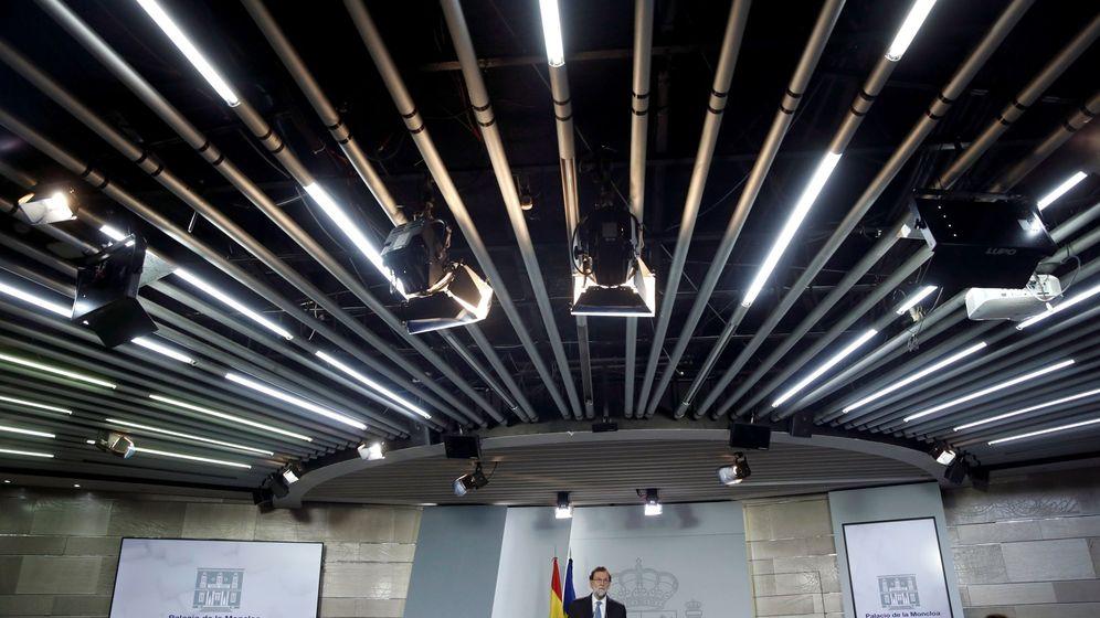 Foto: El presidente del Gobierno, Mariano Rajoy, durante la rueda de prensa en la Moncloa. (EFE)