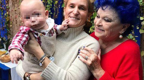 El viaje que reunió a María Zurita y su bebé con Lucía Bosé