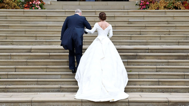 El vestido visto por atrás. (Reuters)