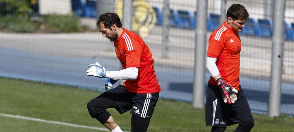 Foto: Diego López y Casillas, durante un entrenamiento del Real Madrid (EFE)