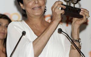 La emoción de María Pineda en los Premios Naranja y Limón 2014