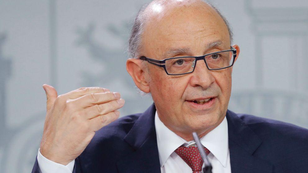El Gobierno baja 3 décimas su previsión de PIB por la situación en Cataluña