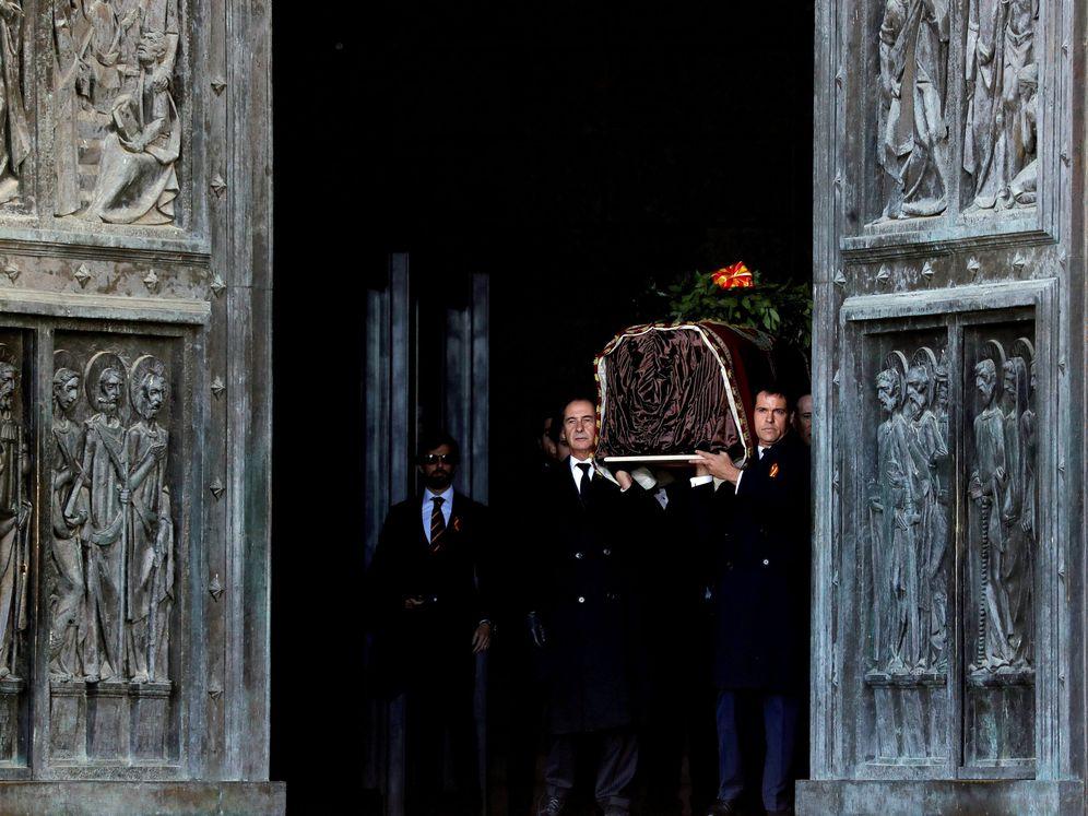 Foto: Exhumación de Franco. (Reuters)