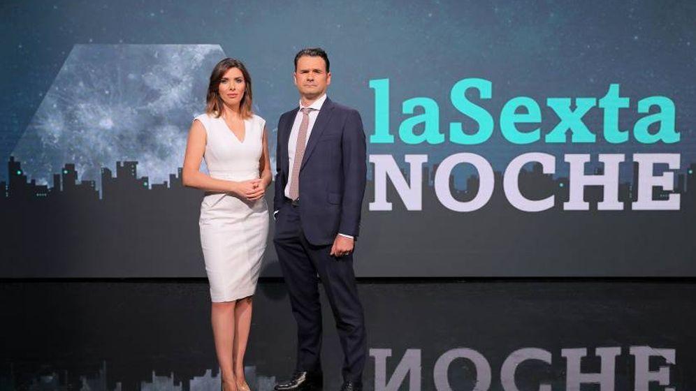 Foto: Verónica Sanz e Iñaki López, en 'La Sexta noche'. (Atresmedia).