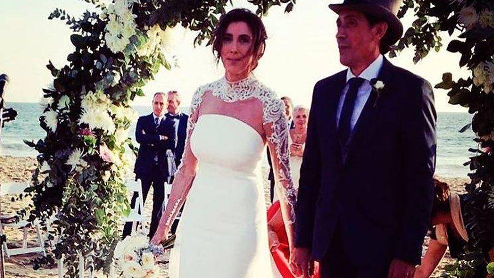 Todos los detalles de la romántica boda de Paz Padilla y Antonio Vidal en la playa