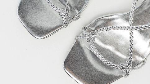 No podrás resistirte al embrujo de estas sandalias metalizadas de Sfera