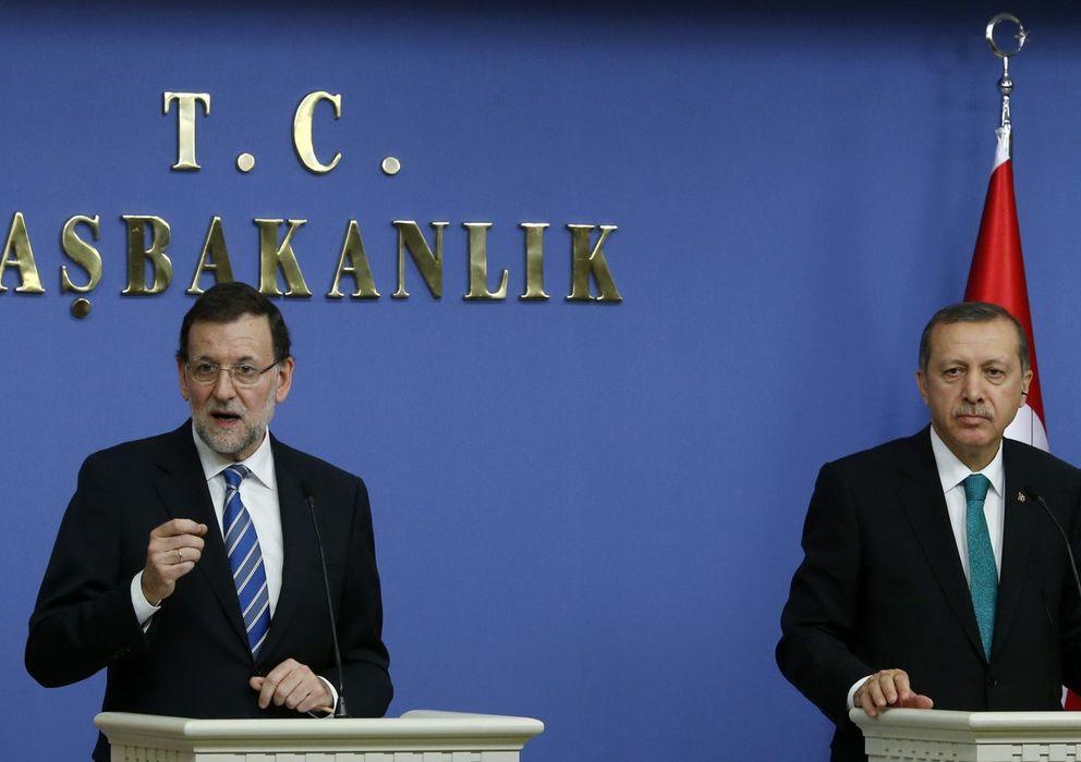 Foto: El presidente del Gobierno, Mariano Rajoy (i), y el primer ministro turco, Tayyip Erdogan. (Reuters)