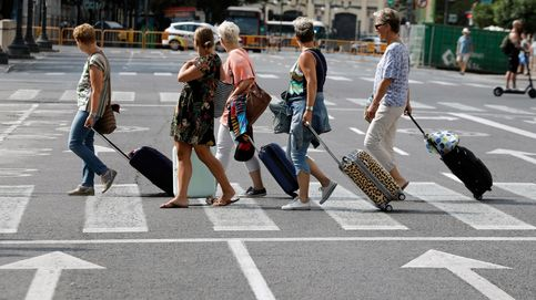 La caída de turistas extranjeros pasa factura a Airbnb (más que a los hoteles)