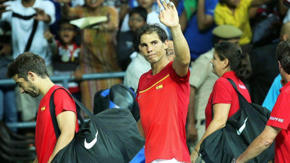 Foto: En septiembre de 2015, Nadal participó en la eliminatoria contra la India en la que España logró el ascenso al Grupo Mundial (Rajat Gupta/EFE-EPA)