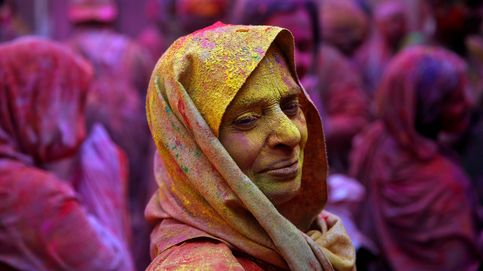 Luto de colores en la ciudad de las viudas