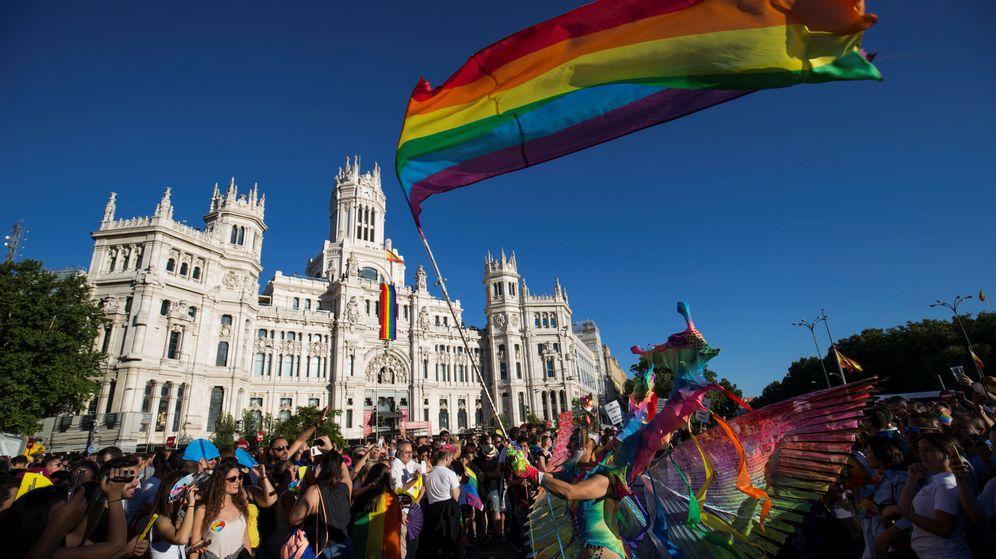 Foto: Momento de la marcha frente al Palacio de Cibeles. (Reuters)