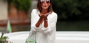 Post de Nieves Álvarez reinventa el look de los mosqueteros con una versión sexy