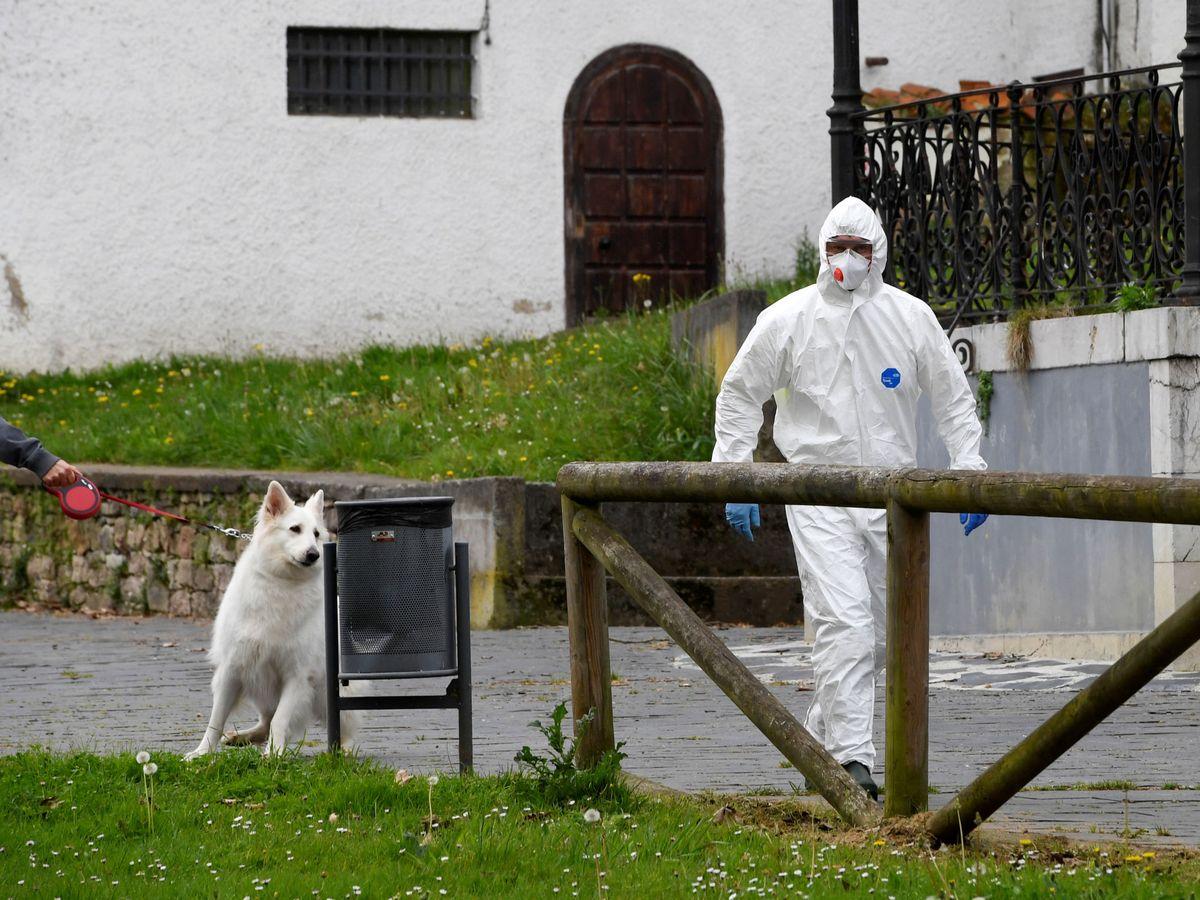 Foto: Sanitarios en Asturias (Reuters)
