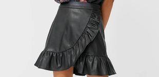 Post de Vas a entender las tres razones por las que hemos comprado esta falda de Stradivarius