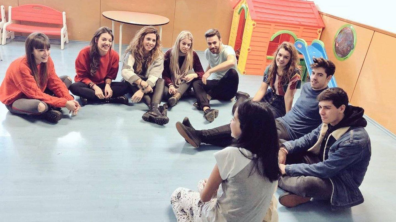 Los concursantes de OT visitan la planta pediátrica del Hospital de Terrassa (@OT_Oficial)