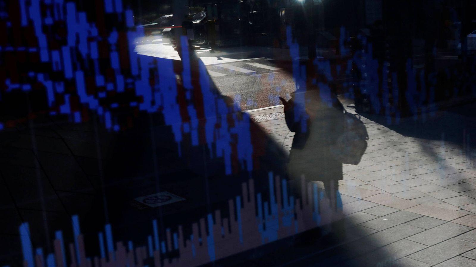 Foto: ¿Sueñan los ladrones de criptomonedas con policías eléctricos? (Reuters)