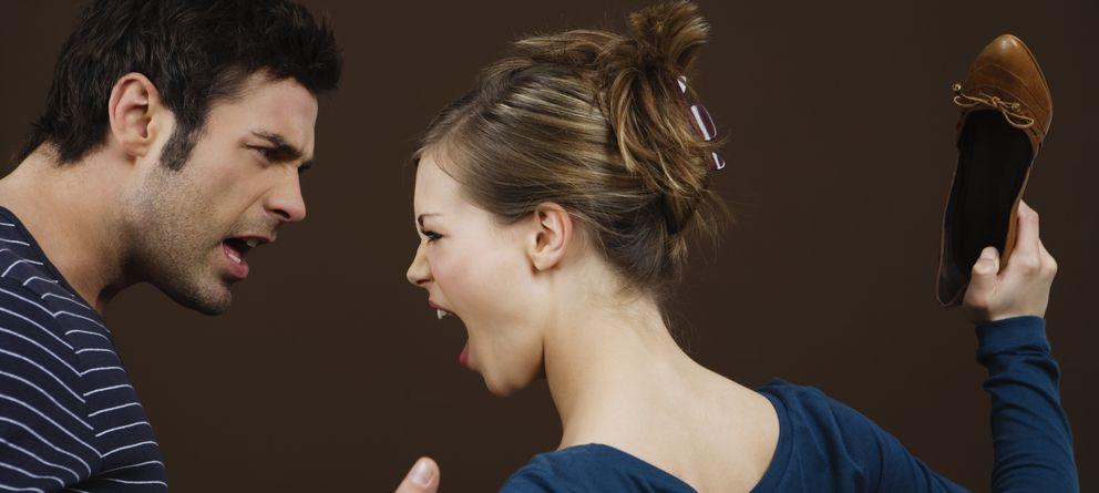 Foto: Las parejas tóxicas pueden llegar incluso a emplear la violencia física. (Corbis)