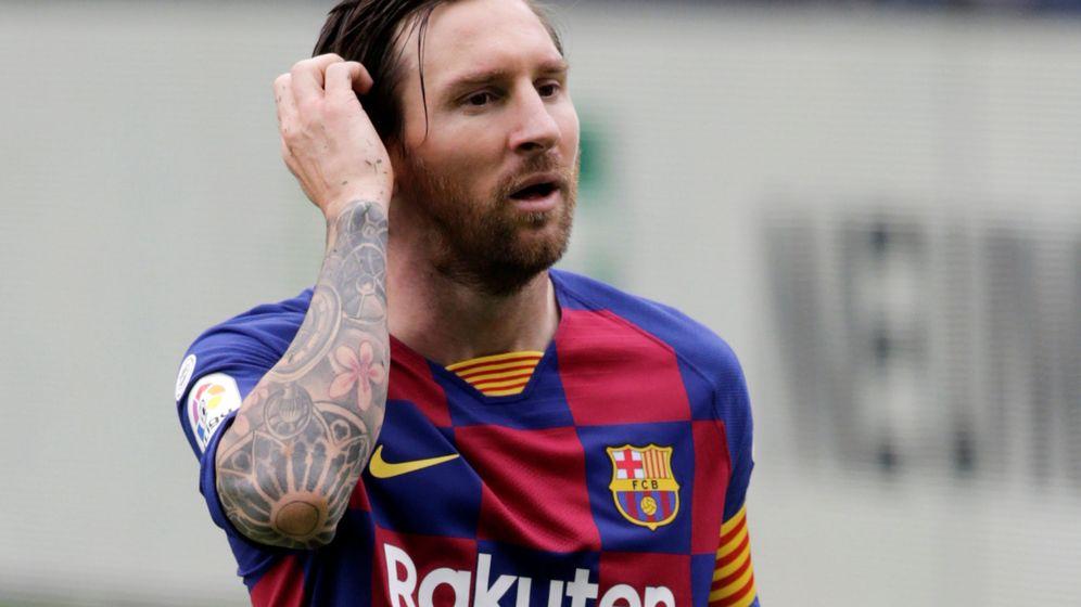 Foto: Leo Messi, con gesto de preocupación, durante el partido entre el Celta y el Barcelona. (EFE)