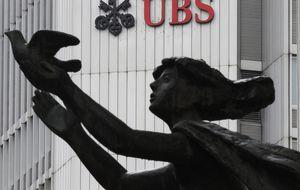 Cinco bancos deben pagar 3.300 millones por manipular las divisas