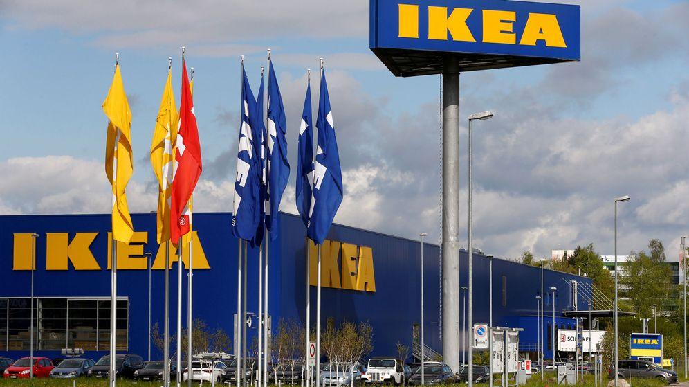Foto: Ikea distribuye siete millones de ejemplares de su nuevo catálogo (Reuters/Arnd Wiegmann)