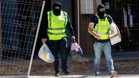 La Guardia Civil detiene a 9 violentos de los CDR y busca precursores de explosivos