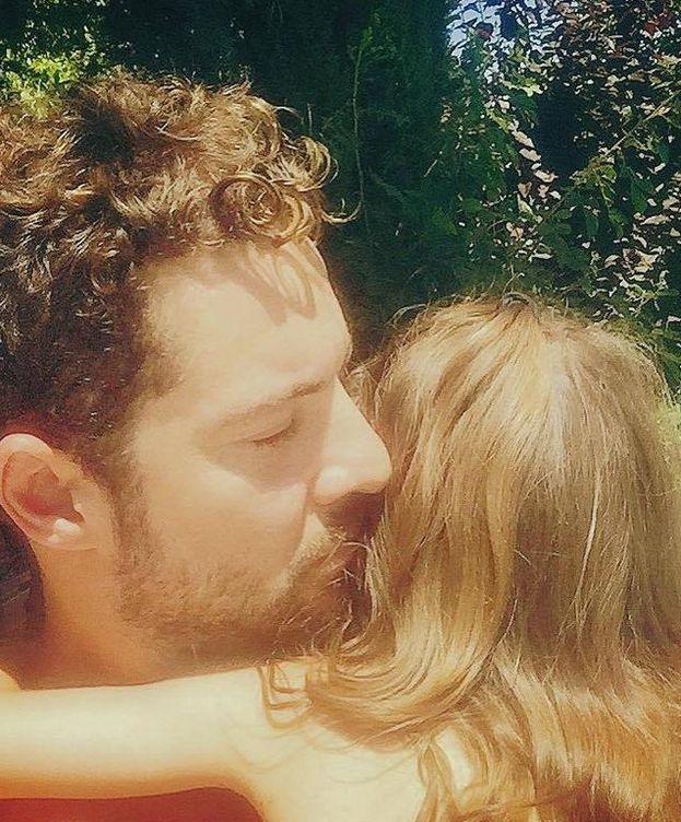 Foto: David Bisbal y su hija Ella (Facebook).